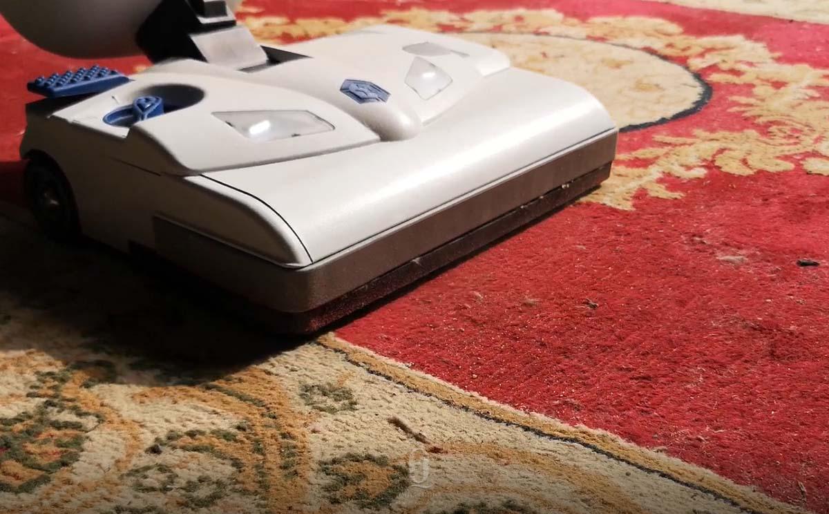 羊毛地毯清洗剂_羊毛地毯掉毛怎么处理?羊毛地毯如何清洗?